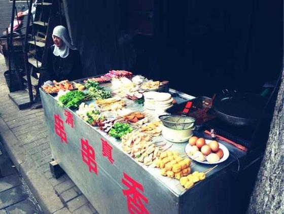 DIY street food - In Xi'an's muslim quarter.