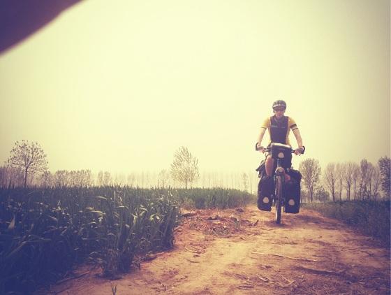 Matthieu navigates through the fields of Sesame